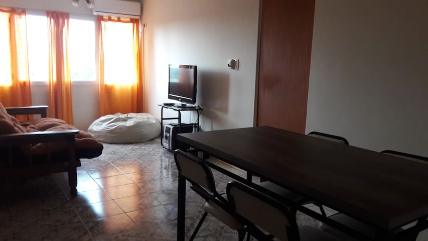Confortable depto con excelente ubicación!!! - Godoy Cruz - Appartement
