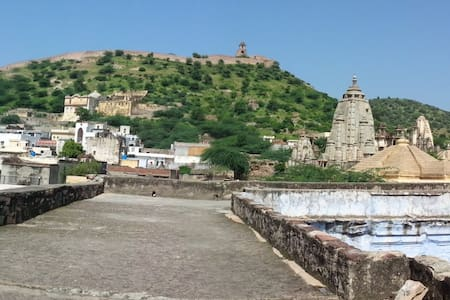 Hana Homestay - Close to Amer Fort - Jaipur - House