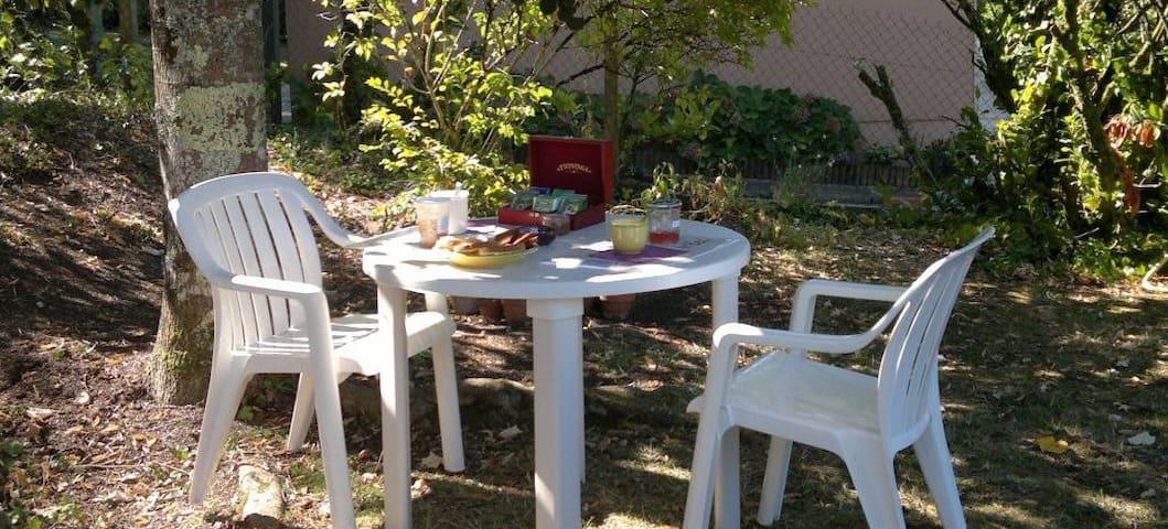 Chambre d'hôtes Périgueux - Champcevinel - Bed & Breakfast