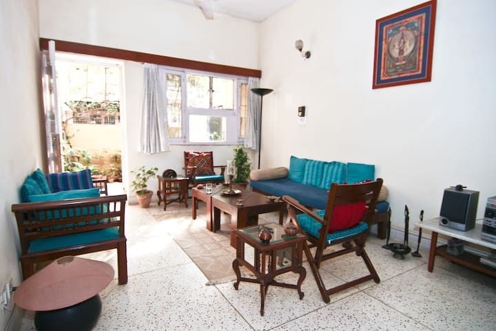 Large, airy, quiet room South Delhi