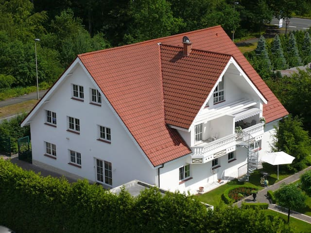 Luxury Apartments Elly 50 / 75 m² - Bad Lippspringe - Leilighet