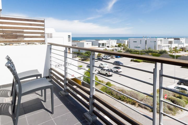 The Best Views Of Table Mountain Eden On The Bay Appartements Louer Le Cap Cap