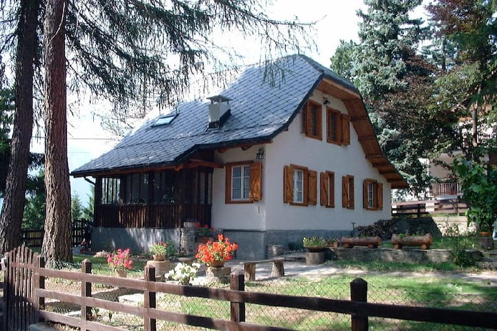 B&B Ico's Lodge, suite with kitchen - Sauze - Bed & Breakfast