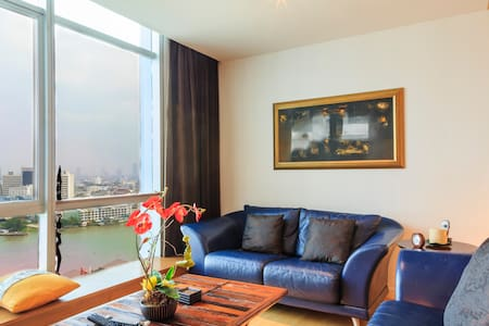 Dasiri Stunning Riverview Apartment - Bangkok