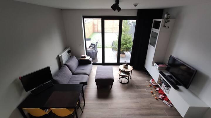 Private, modern studio with garden in Leuven