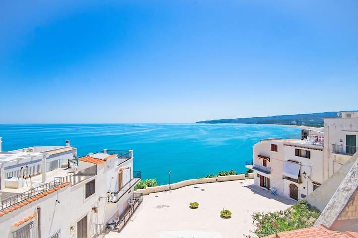 Puglia Escapes | Sea view amazing flat in Vieste