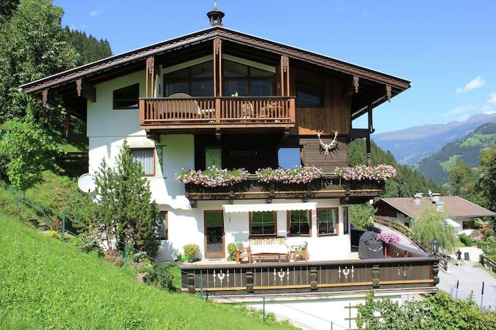 Apartamento acogedor y moderno en Schwendau