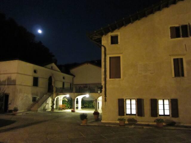 Notturno del Palazzo Scolari