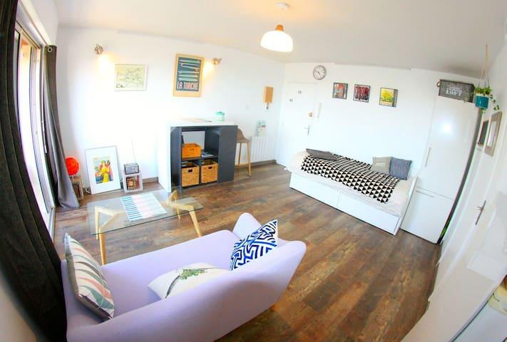 Agréable Grand Studio équipé  Vue Mer