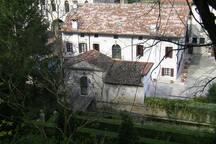 Palazzo Scolari dalla collina privata