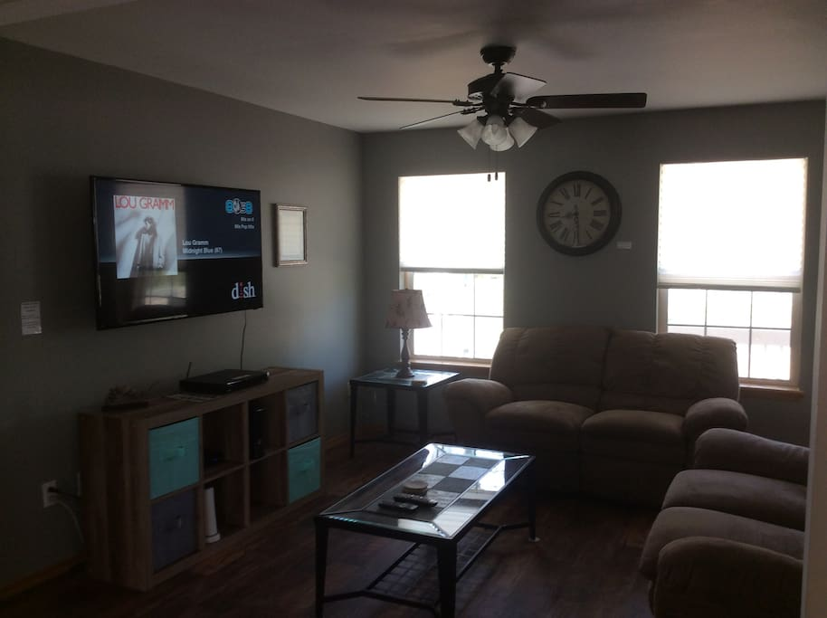 "TV Room - 55"" HDTV, DishTV, Xbox360"