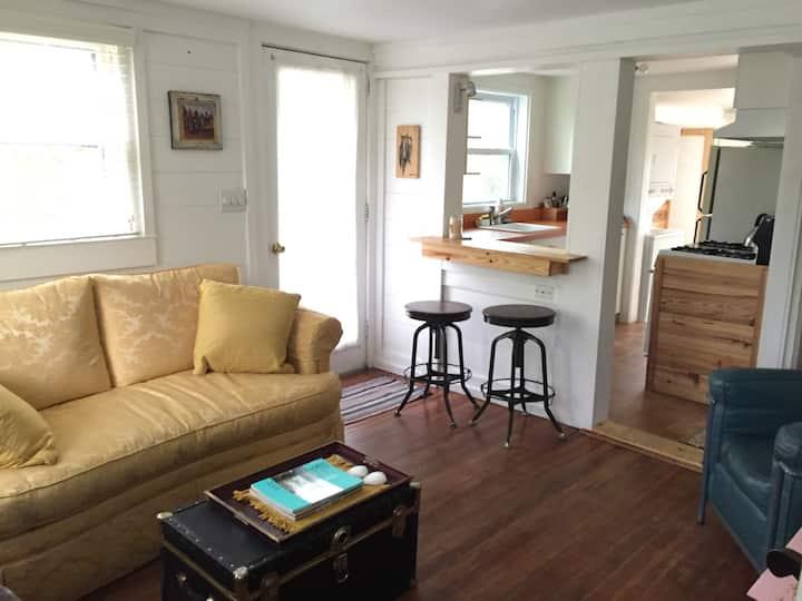 Cozy Cottage in Historic Sag Harbor