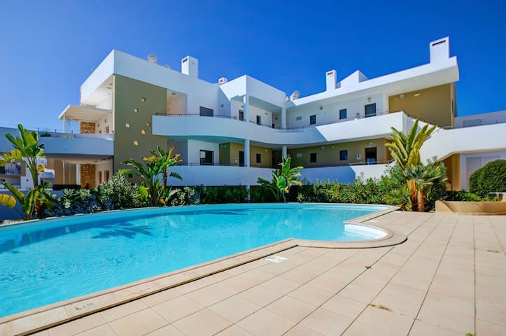 One Bedroom Apartment in Centre of Alvor 1R