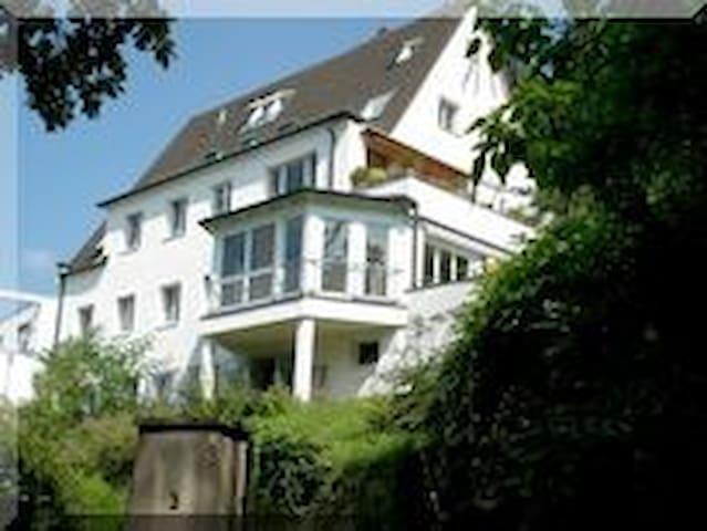 Apartment Am Schloßberg-10 Gehmin. zur Altstadt