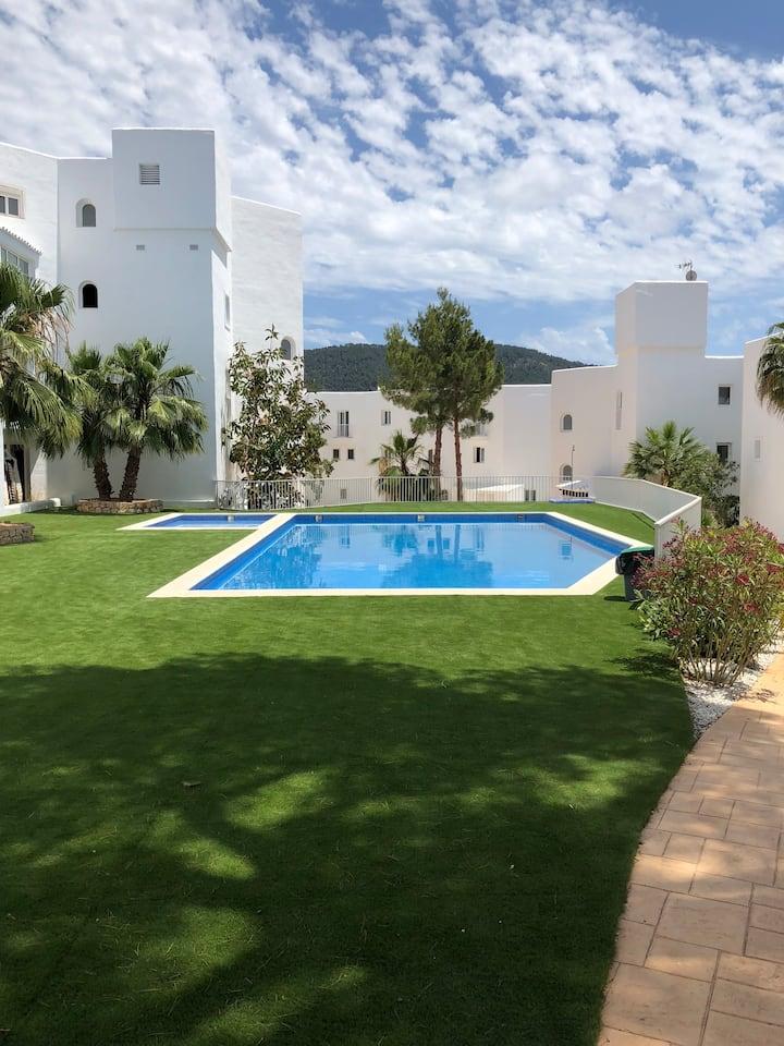 Casa Vadella la tua casa a Ibiza con Piscina