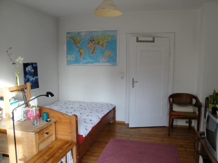 Schöne,helle, ruhige und gemütliche Zimmer
