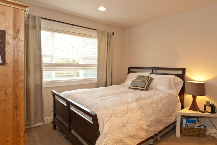 Cozy Studio, min. to downtown -WiFi - Seattle - Apartamento