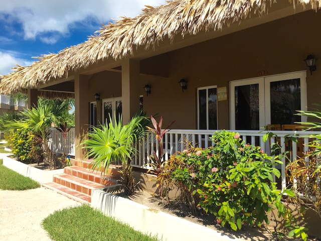 Beautiful Ambergris Caye, Cabana A - San Pedro - House