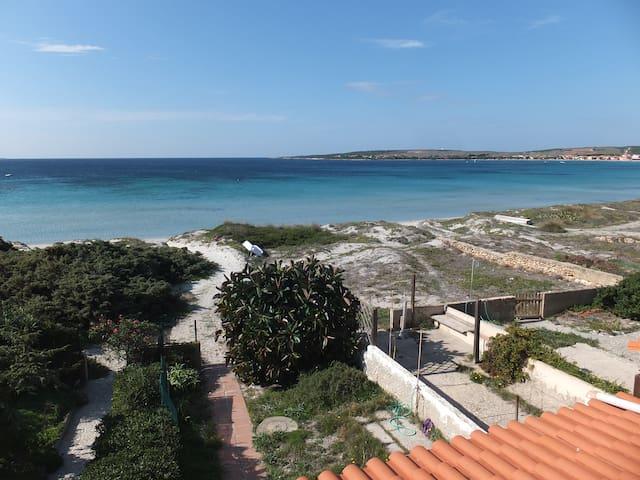 Appartamento Con Terrazza Sulla Spiaggia - Putzu Idu - Apartamento