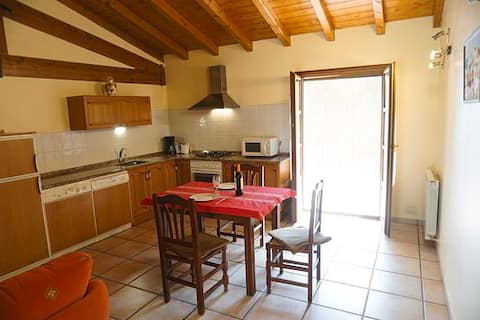 Apartamento con balcón (2)