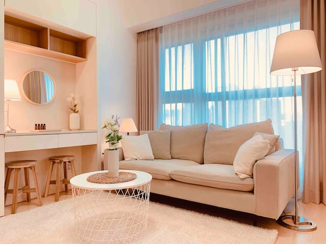 ★COZY house2 x LAKE view★ 5min LOTTE world & tower