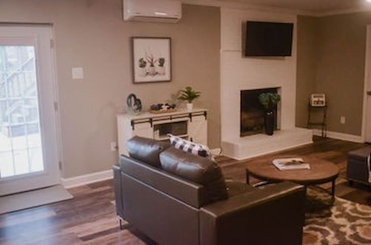 Comfortable and Convenient Studio