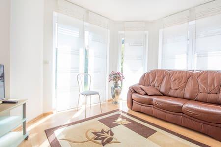 nice & cozy House for Hannover Messe CeBIT Ligna - Laatzen