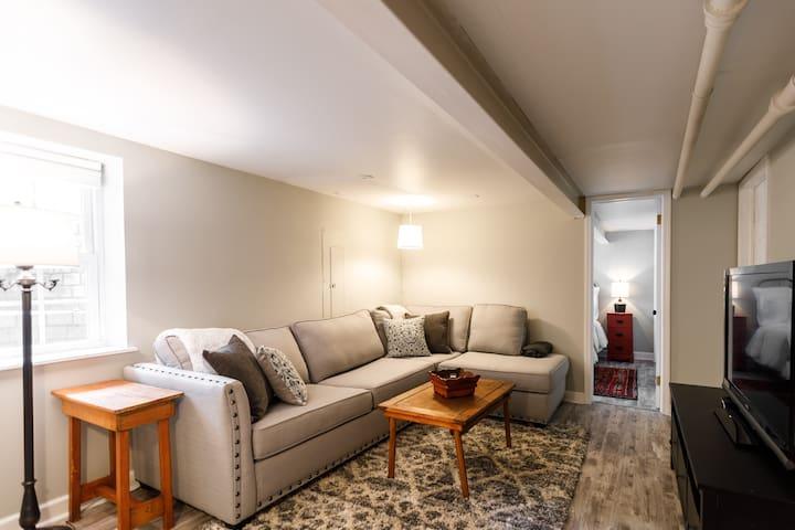 Cozy, Clean Apartment close to Wheaton College