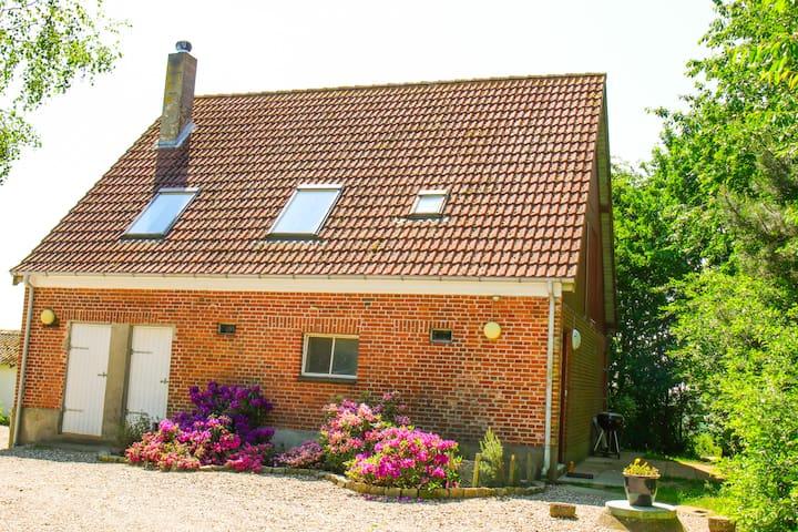 Lejlighed på landet med udsigt og stor have - Haderslev - Wohnung
