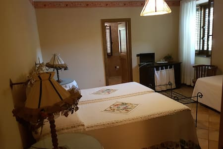 Agriturismo La Vita - Bed & Breakfast