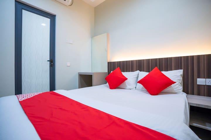 Luxury Modern Hotel & Room