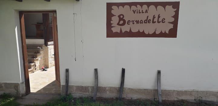 Lomtsi Woning villa Bernadette