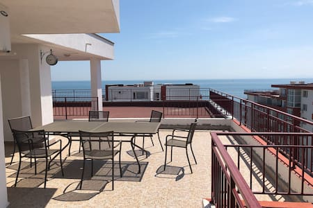 Two-floor apartment with sea view and huge terrace