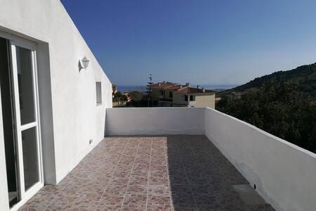 Meravigliosa casa mansardata a 3 km dalla spiaggia