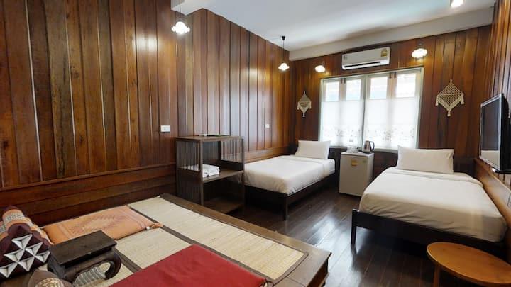 Twin Room for 4; Khaosan/Old Town; Breakfast&WiFi
