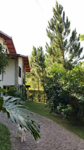 Casa Campo. El Valle de Anton, Panama.     Hab. #2