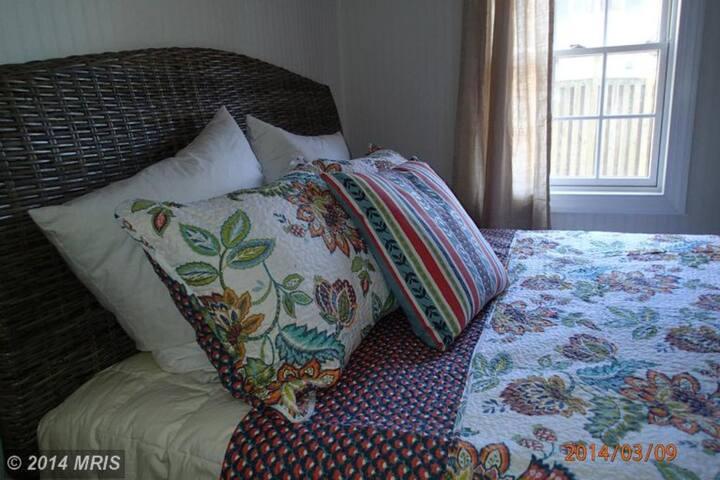 Comfortable bedding = restful sleeping!