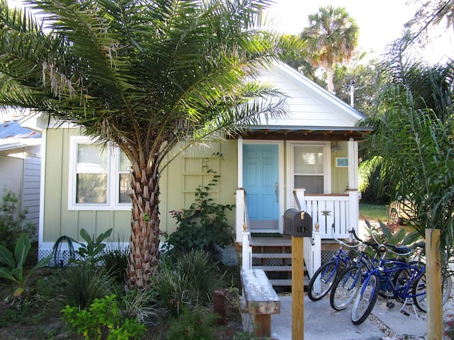 BLANCO STREET COTTAGE - St. Augustine - House