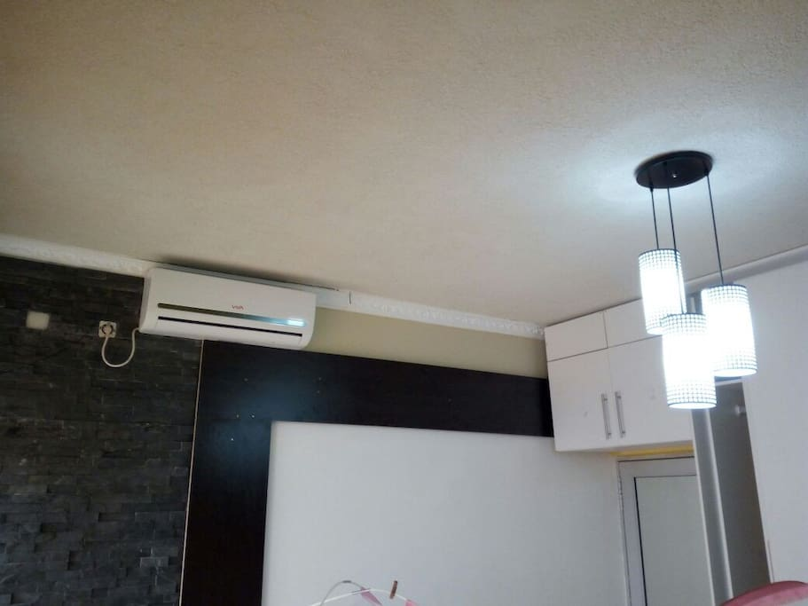 Air conditioning throughout