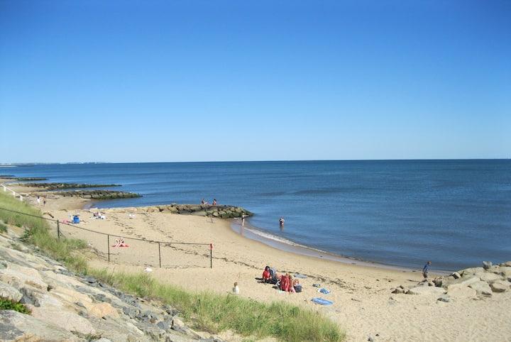 Heart of Cape Cod - Walk to Beach