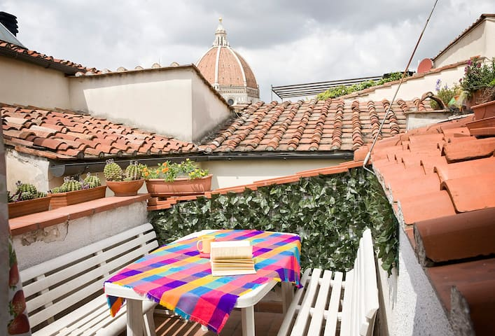 Roof Terrace and Breathtaking View  - Florença - Apartamento