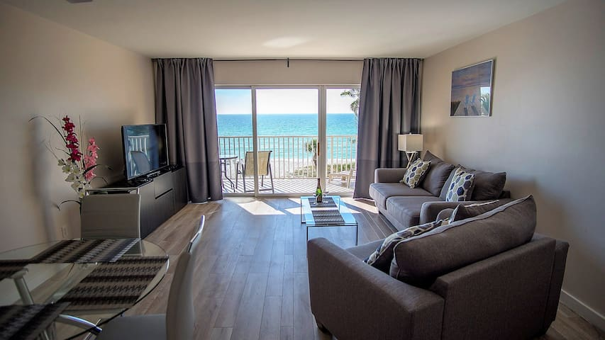 Spectacular Ocean View Unit 403. Renovated 2018