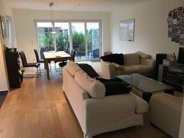 Neubau im Katharinenviertel+ Terrasse&Balkon 106qm - Osnabrück - Apartment