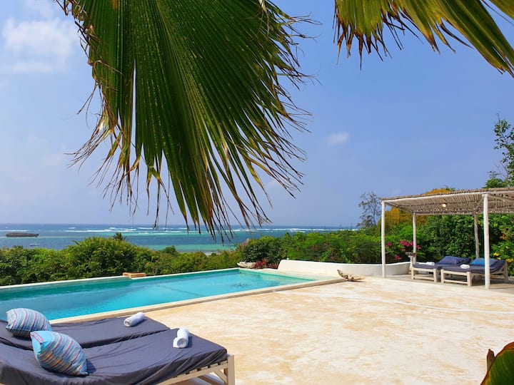 Swimbo House overlooking turtle bay watamu sleep 8