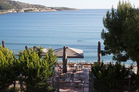Seaside apartment in Vouliagmeni