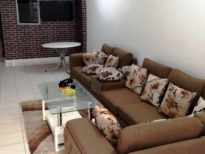 Chic appartement à Cocody Centre Chambres privées