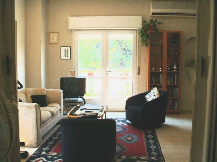 Living room, french doors to balcony