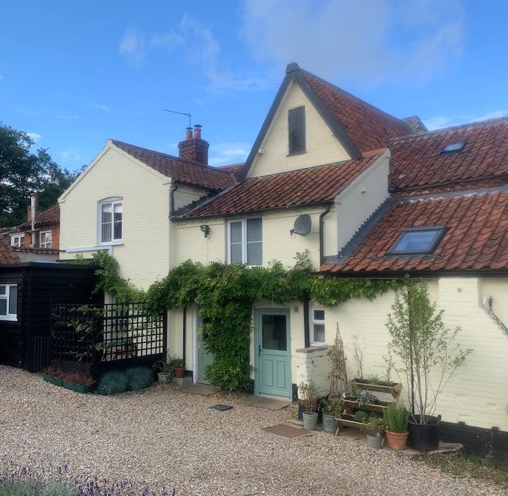 Corner Cottage - North Elmham