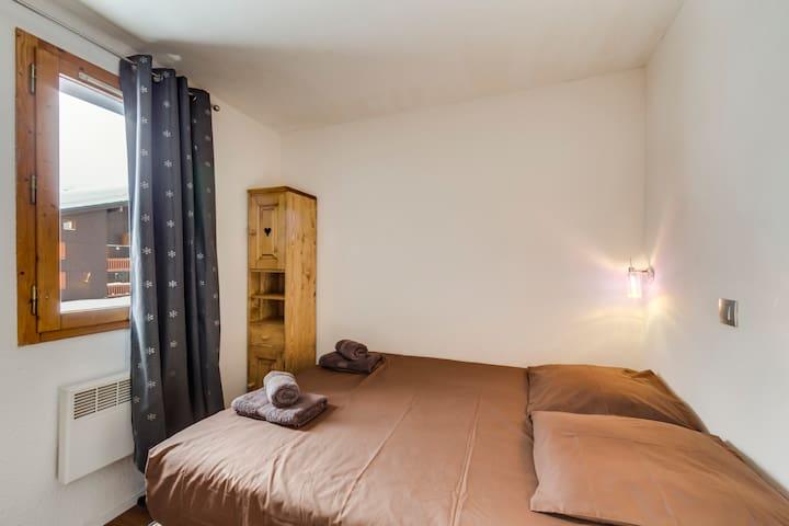 chambre 1 lit de 140*190