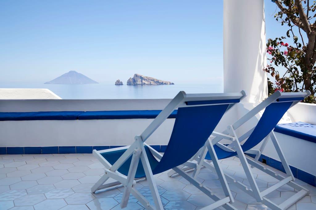 Casa Prete con Terrazza - Apartments for Rent in Panarea, Sicily ...